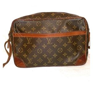 Vintage Louis Vuitton Trocadero Messenger Nag